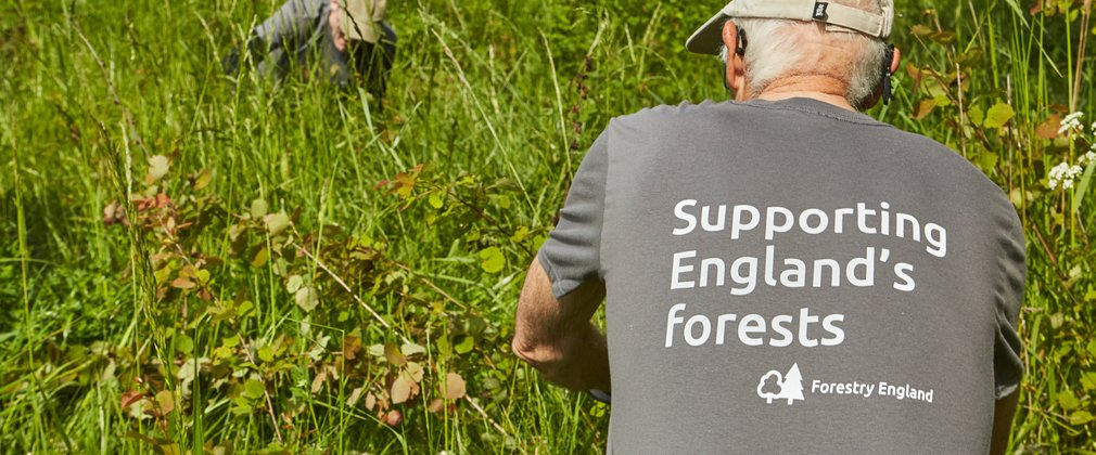 Close up of the Forestry England volunteering tshirt
