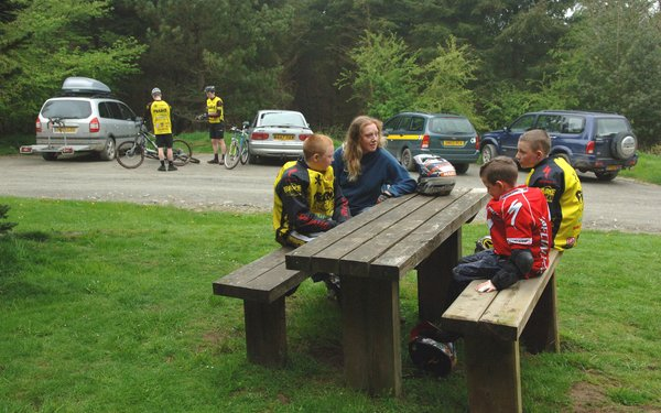 Picnic table at Hopton Wood