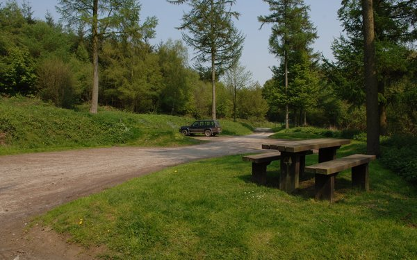 Wapley Hill Wood car park