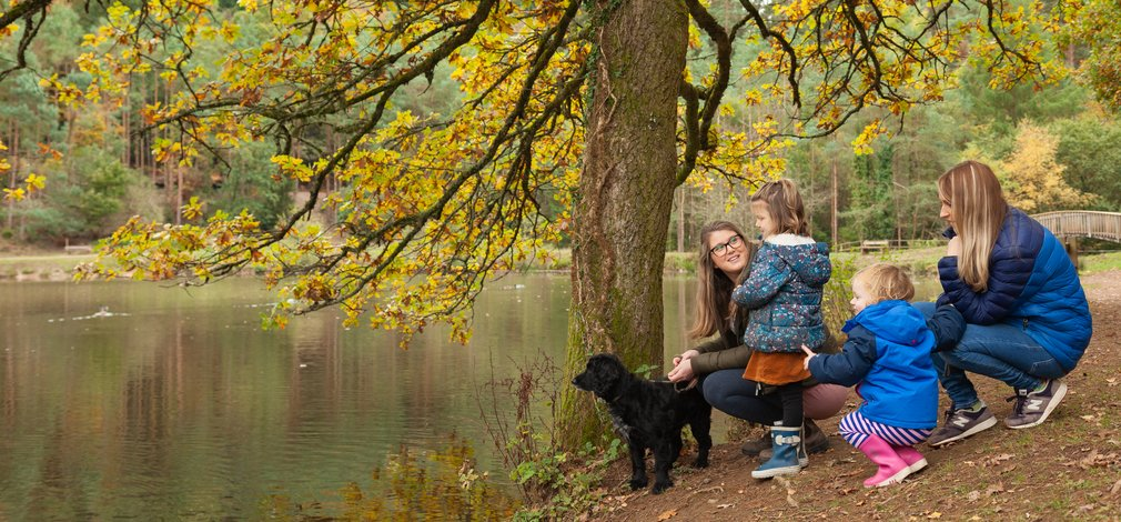 Family around lake Forest of Dean