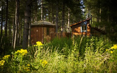 A Forest Holidays cabin at Sherwood Pines