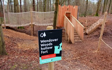Wendover Woods Play Trail Hollow Fort
